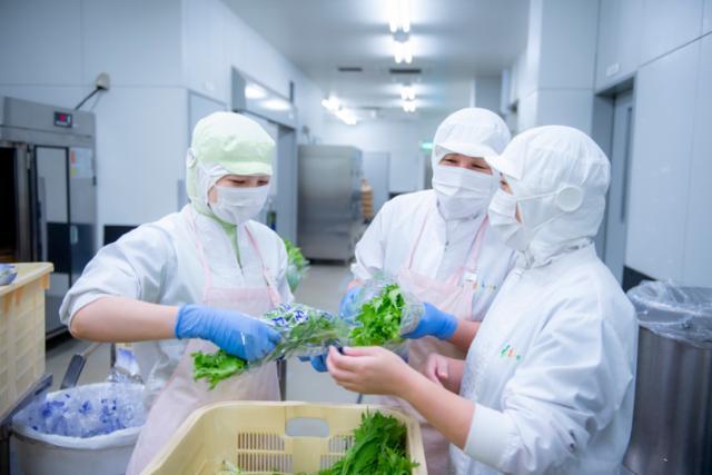★中野富士見町駅近くの学校給食の画像・写真